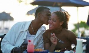 black-couple-kissing1