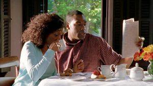 black-couple-eating-5